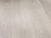haro-tritty-100-plank-1-strip-oak-light-grey-laminate