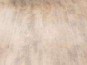 haro-tritty-250-plank-1-strip-oak-caramel
